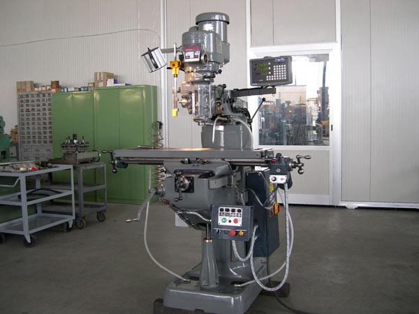 Macchine-utensili-e-fresatrice-usata