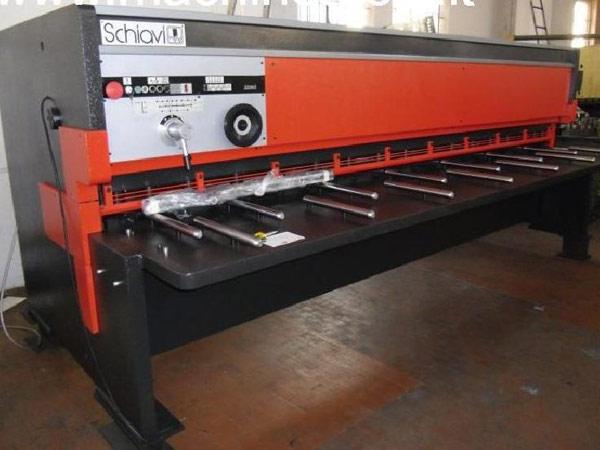 Riparazione-macchine-per-lavorazione-lamiera-Modena